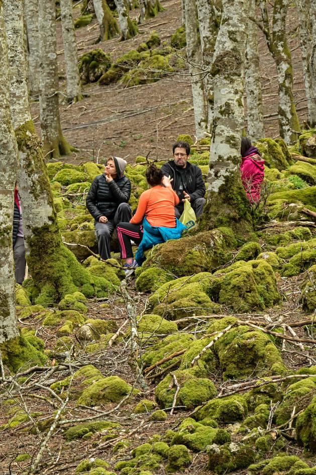 Visitantes en la Sierra de Urbasa la pasada primavera.