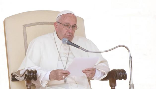 La oposición venezolana celebra la disposición del Vaticano a mediar