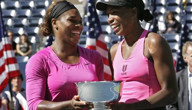 Las hermanas Williams durante un torneo en el año 2009