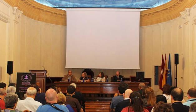 Astrónomos piden en Pamplona trabajar en red para mejorar la investigación