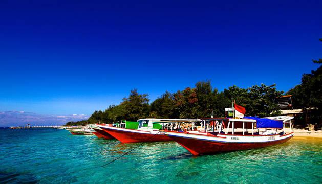 Una turista muerta y 14 heridos tras explotar el motor de un barco turístico en Bali