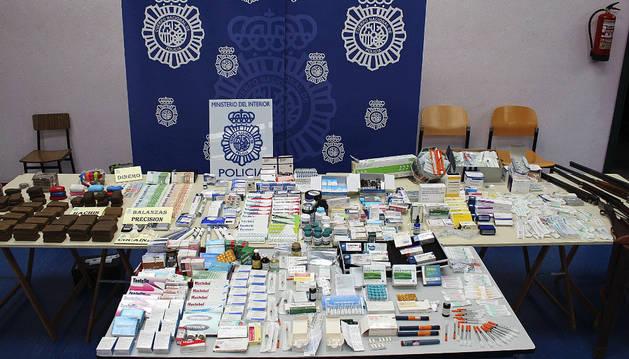 La Policía ha desarticulado en Asturias un grupo dedicado a la adquisición ilegal de sustancias prohibidas en el deporte.