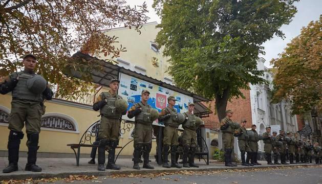 Agentes ucranianos, en la embajada rusa