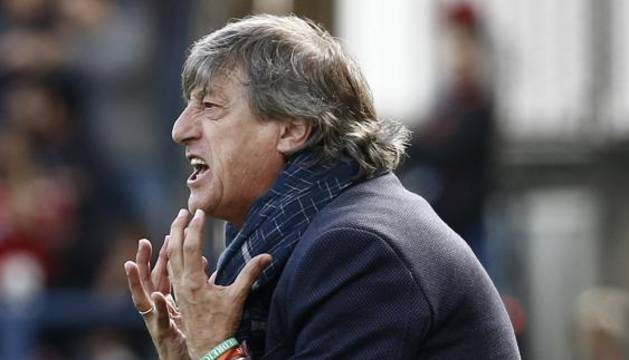 Enrique Martín (Osasuna), durante un partido.
