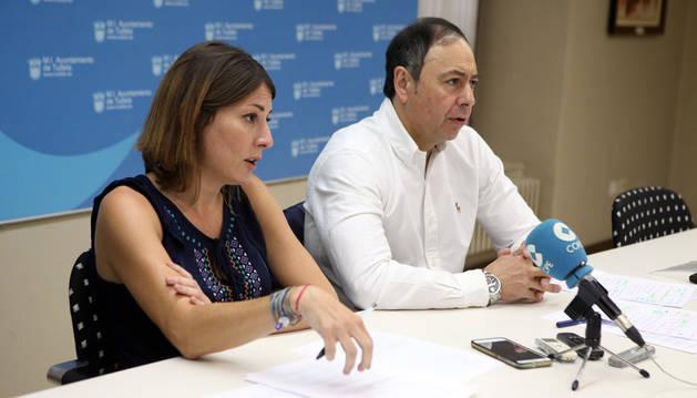 Sofía Pardo y José Ángel Andrés, en la rueda de prensa.