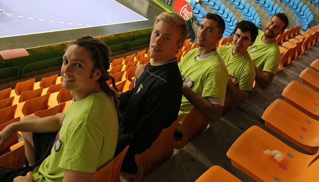 Oswaldo Guimarães, primero por la izquierda, junto a Henrik Nordlander, Mikel Aguirrezabalaga, Erik Balenciaga y Filipe Mota.
