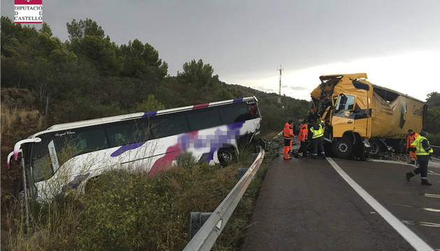 Fotografía facilitada por el Consorcio de Bomberos de Castellón del accidente.