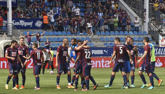El Eibar se lleva el derbi guipuzcoano (2-0)