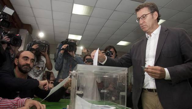 La participación en Galicia hasta las 17 horas alcanza el 42,47%, similar a la de 2012