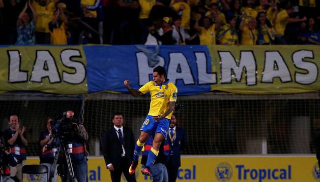 Sergio Araújo celebra el gol del empate marcado en la pasada jornada al Real Madrid