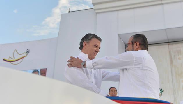 Colombia pone fin a más de medio siglo de conflicto con las FARC