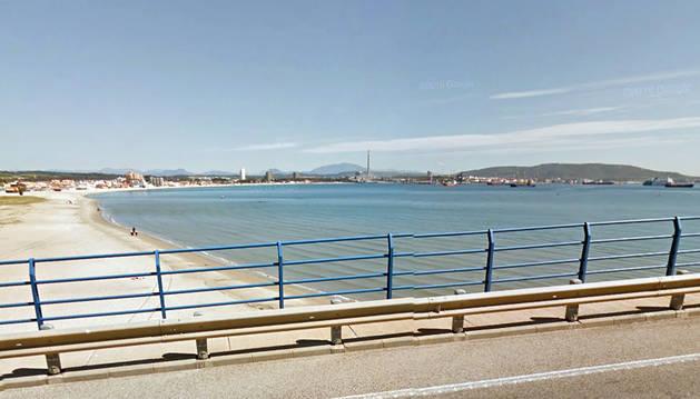 Un fallo mecánico provoca un derrame de crudo en la Bahía de Algeciras