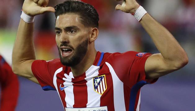 Yannick Ferreira-Carrasco celebra su gol.