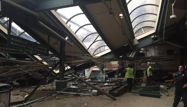 Accidente en una estación de tren de la localidad de Hoboken, en el estado de Nueva Jersey.
