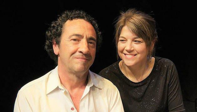 Los músicos Josetxo Goia-Ariba y Ana Belén García.