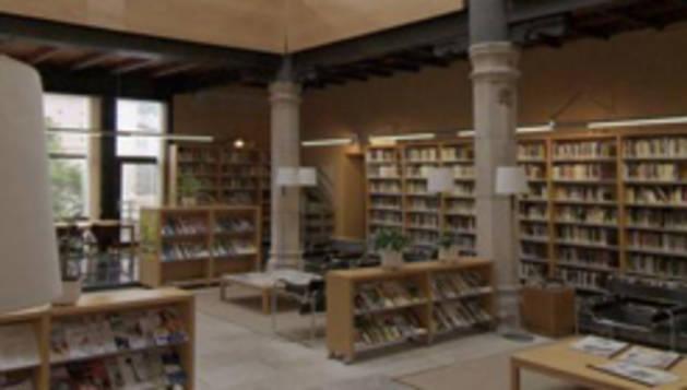 """El programa """"Los ocho miles de la literatura universal"""" está pensado para acercar a los lectores y lectoras a los grandes clásicos."""