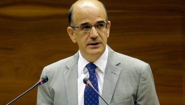 Alberto Catalán, en el Parlamento de Navarra.
