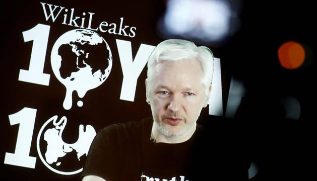 Videoconferencia de Julian Assange en Berlín.