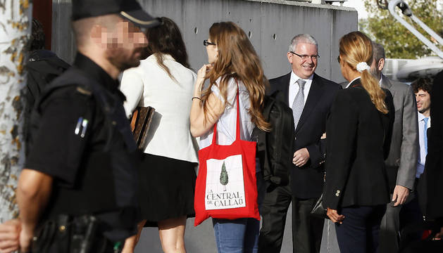 Pablo Crespo, a su llegada a la Audiencia Nacional en San Fernando de Henares donde se celebra el macrojuicio a la trama Gürtel.