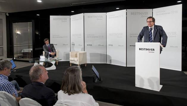 foto de Beltrán de la Lastra, presidente de Bestinver, , durante la Conferencia de Inversores celebrada e