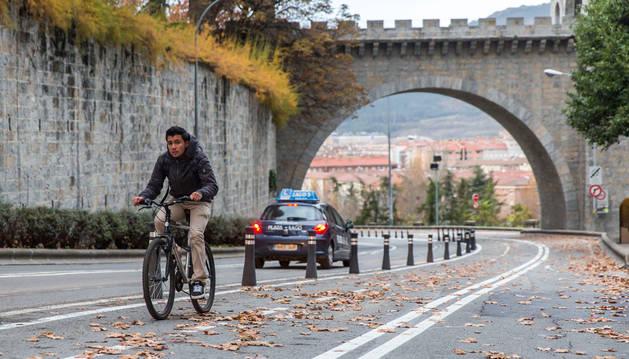 Imagen del carril bici de la calle Taconera.