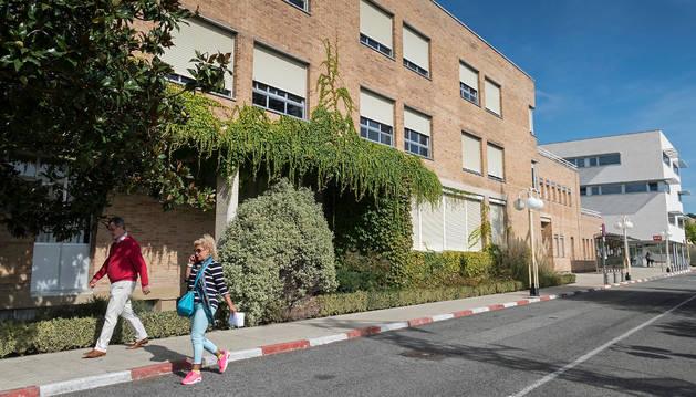 Vista del bloque del pabellón sur del hospital García Orcoyen que se reformará para adecuar la atención mental en la planta baja.