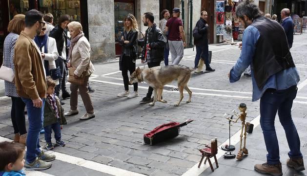 El Casco Viejo de Pamplona estudia 130 iniciativas para mejorar su movilidad