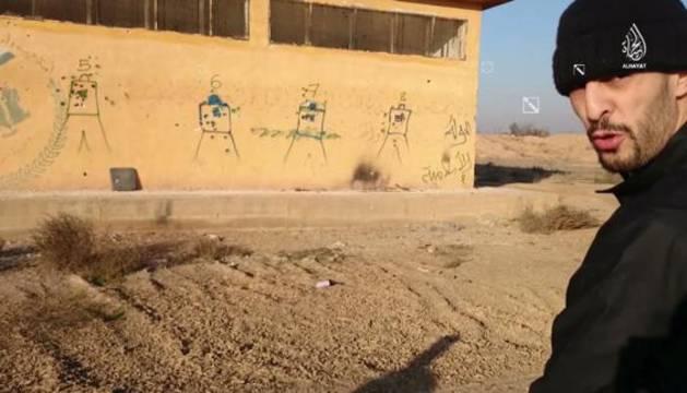 Brahim Abdselam en un vídeo del ISIS