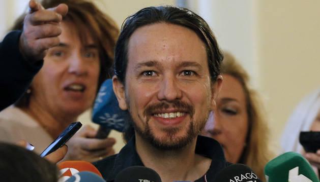 Foto de Pablo Iglesias, durante las declaraciones a los periodistas a su llegada al Consejo Ciudadano.