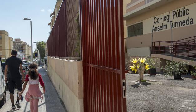 Colegio público del barrio obrero de Son Roca de la capital balear
