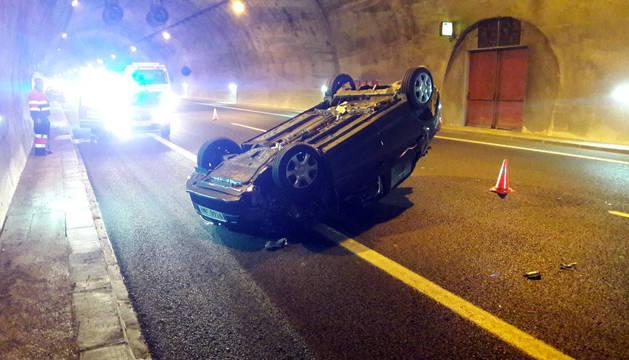 Un accidente en los túneles del Perdón obliga a desviar el tráfico por el puerto