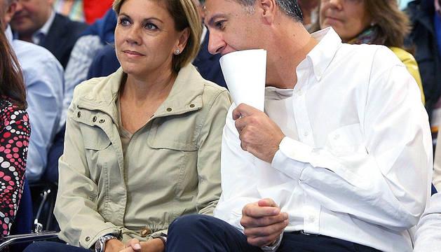 La secretaria general de PP, María Dolores de Cospedal, junto al coordinador general del PP Catalán, Xavier García Albiol, durante la clausura de la Escuela de Otoño del PPC.