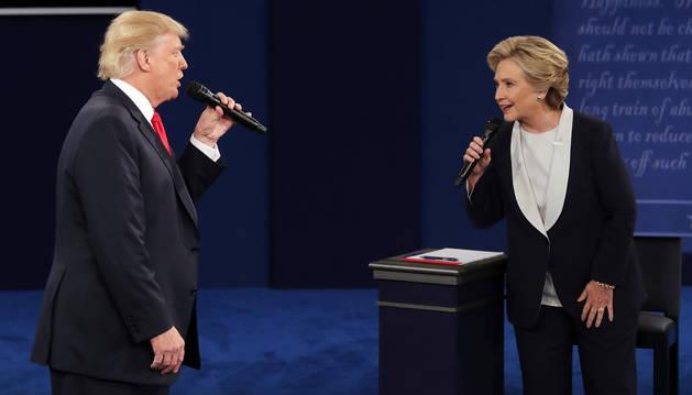 Imagen de Donald Trump y Hillary Clinton durante el debate.
