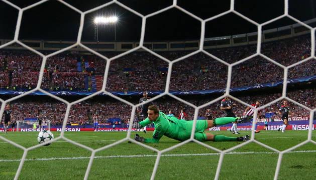 Imagen del partido de Champions disputado en el Vicente Calerón entre Atlético y Bayern