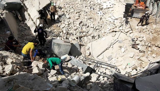 Rusia reanuda los bombardeos al este de Alepo