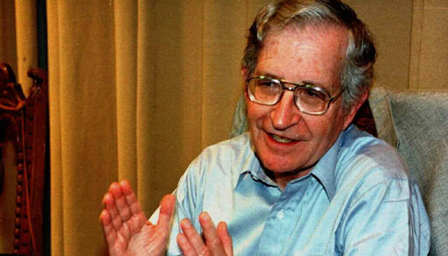 El filósofo y lingüista Noam Chomsky.