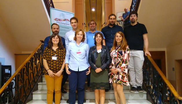 foto de los miembros del Clúster de Impresión Funcional de Navarra que acudieron al evento