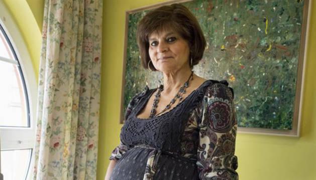 Una doctora gallega de 62 años da a luz a su tercera hija