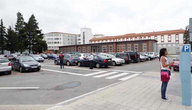 Aparcamiento del antiguo Hospital de Navarra.