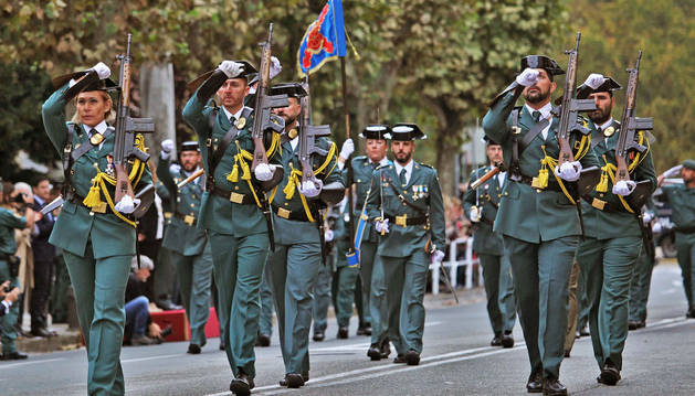 Desfile de la Guardia Civil en Pamplona.