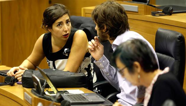 Laura Pérez, en el Parlamento de Navarra.