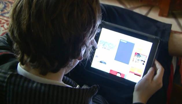 El 70% de los niños come pegado a una pantalla