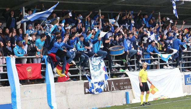 Parte de la afición del partido de clasificación para la Copa del Rey Cirbonero - Guijuelo.