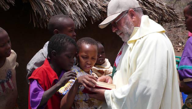 Un misionero español, en África.