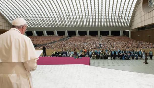 El Pontífice, durante la audiencia que ofreció a un grupo de peregrinos.