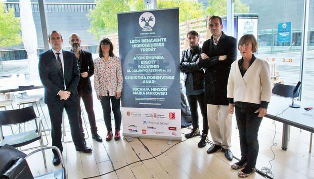 De izda a dcha: Pablo Andoño, Javier Muruzábal, Maider Beloki, Iñigo Sola, Javier Lacunza  y Mar Basai presentaron ayer el festival.