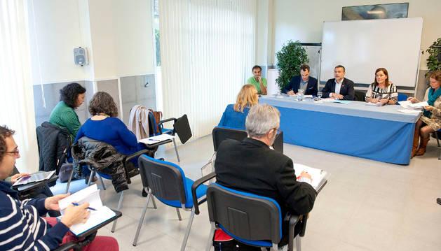 El vicepresidente Laparra ha presidido la reunión del Consejo Navarro de Bienestar Social.