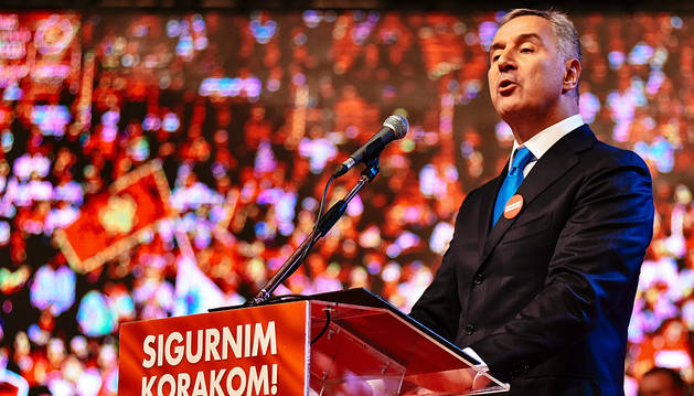 Abren los colegios electorales en Montenegro para las elecciones legislativas