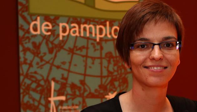 Foto de Almudena M. Castro, fotografiada en el Planetario de Pamplona.
