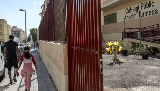 Colegio público del barrio obrero de Son Roca en Palma de Mallorca.